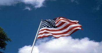 1280px-USA_Flag_1992